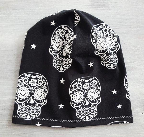 "♥ Sommerbeanie ""Cute Skulls"" ♥"