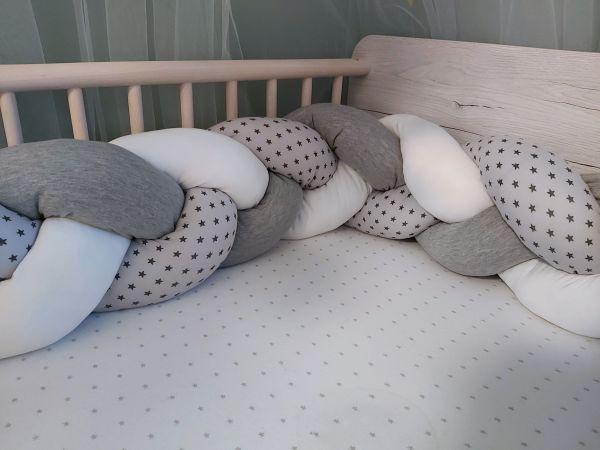 ♥ Geflochtene Bettschlange Bettrolle Nestchen grau/ weiß / Sterne ♥
